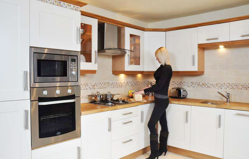 Kitchens for sale lancashire kitchens for sale in for Cheap white cabinets sale